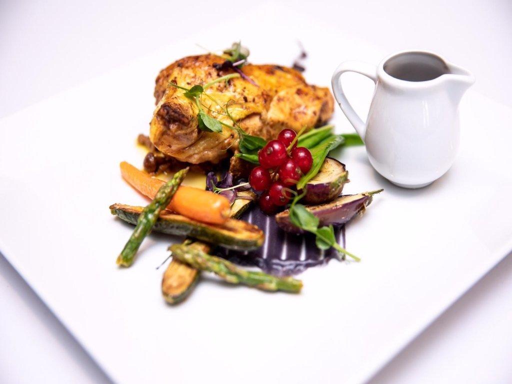 Jedlo - AZUL Hotel & Restaurant