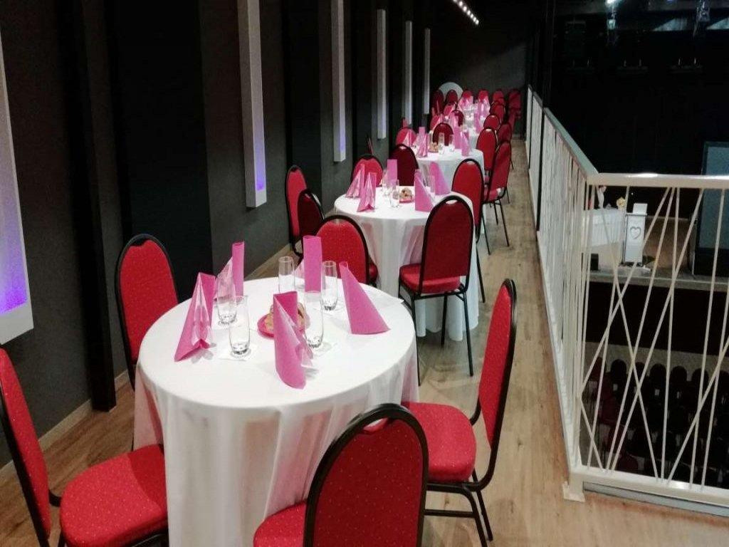 AZUL aréna - AZUL Hotel & Restaurant